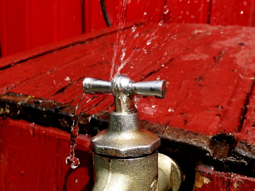 Gut gemocht Dichtungen am Gartenwasserhahn reparieren - relais30 zeigt wie es geht DK96