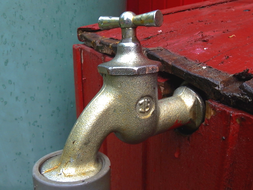 Beliebt Dichtungen am Gartenwasserhahn reparieren - relais30 zeigt wie es geht PQ69